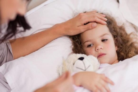 come-abbassare-la-febbre-alta-nei-bambini