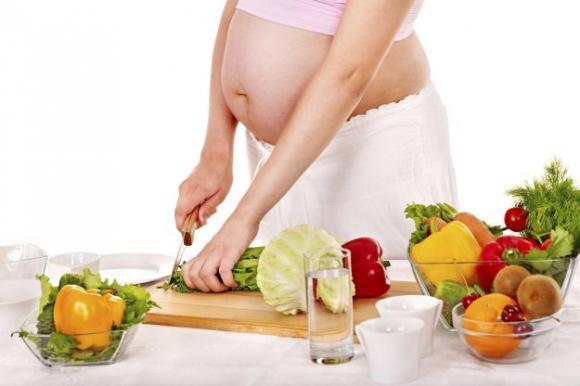 cosa-non-mangiare-in-gravidanza (1)