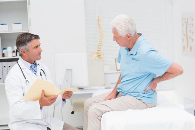 dottore con paziente farmajet